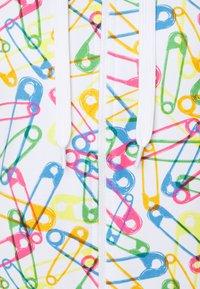 Moschino Underwear - HOODIE - Pyjamasoverdel - white - 2