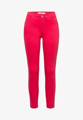 STYLE SHAKIRA  - Jeans Skinny Fit - papaya