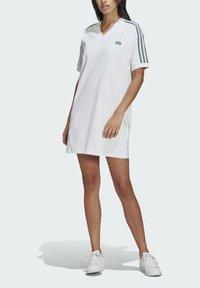 adidas Originals - TEE DRESS - Vestido ligero - white - 3