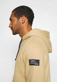 Redefined Rebel - ALFRED - Hoodie - travertine - 5