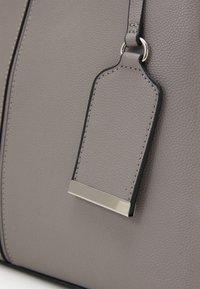 Dorothy Perkins - SIDE BAR TOTE - Handbag - grey - 3