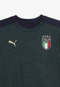 Puma - ITALIEN FIGC TRAINING SHIRT - Oblečení národního týmu - ponderosa pine/peacoat - 3