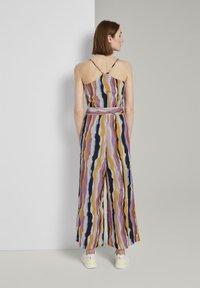 TOM TAILOR DENIM - OVERALLS STREIFENMUSTER - Jumpsuit - wavy multicolor stripes - 2