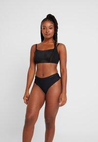 Calvin Klein Underwear - LINED BRALETTE RETRO - Bustier - black - 1