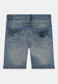 Vingino - CECARIO - Shorts - blue denim - 1