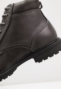 Topman - HUGIN BOOT - Stivaletti stringati - black - 5