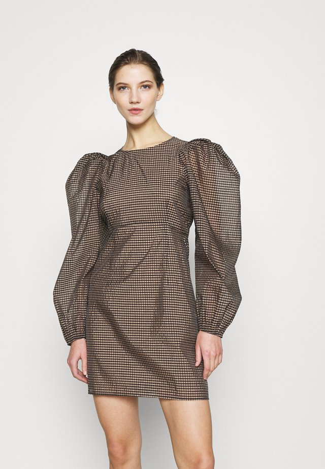 ENALEXIS DRESS - Juhlamekko - sandy