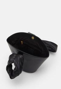 Little Liffner - SOFT LOOP MINI BUCKET - Handbag - black - 3