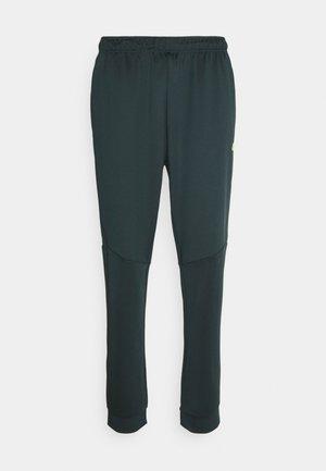 Men's training pants - Tracksuit bottoms - green