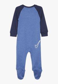 Nike Sportswear - FOOTED COVERALL BABY - Pyjama - mountain blue heather - 1