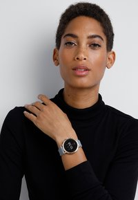 Fossil Smartwatches - Q VENTURE - Hodinky - grau/weiss - 0