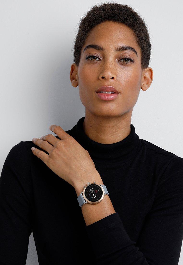 Fossil Smartwatches - Q VENTURE - Zegarek - grau/weiss