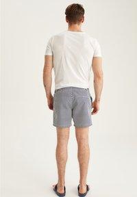 DeFacto - Swimming shorts - navy - 2