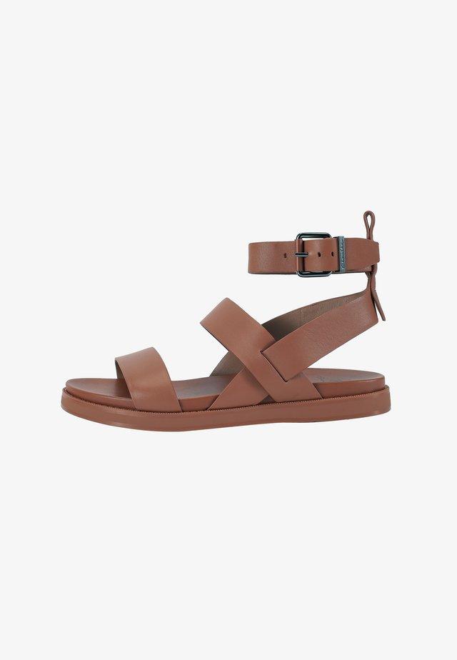 Sandals - ginger