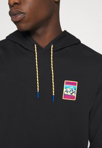 adidas Originals - HOODIE SPORTS INSPIRED  - Mikina s kapucí - black - 5
