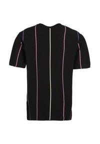 Umbro - PARADISE - Print T-shirt - black / soft yellow / heliotrope / cassis - 1
