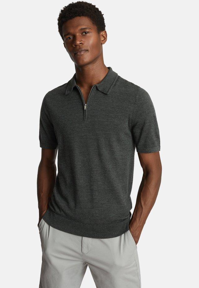 MAXWELL - Polo shirt - dark green