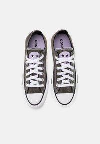 Converse - CHUCK TAYLOR ALL STAR UNISEX - Baskets basses - black/moonstone violet/white - 3