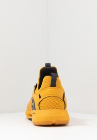 Under Armour - HOVR RISE 2 - Sports shoes - golden yellow/yellow ray - 3