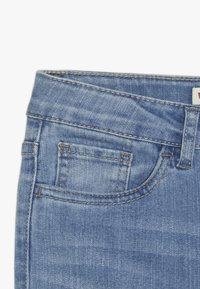Levi's® - 720 HIGH RISE SUPER SKINNY - Skinny džíny - light blue denim - 3