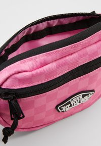 Vans - STREET READY MINI PACK - Bum bag - fuchsia pink - 4
