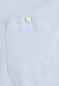 TOM TAILOR DENIM - YARN DYED POPLIN - Shirt - light blue - 2