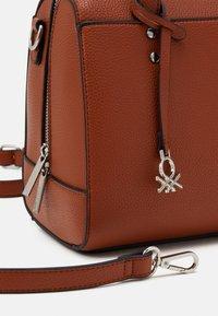 Benetton - BAG - Handbag - cognac - 3