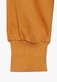 Sense Organics - SJORS BABY PANT 3 PACK - Pantalon classique - mustard/navy/grey melange - 3