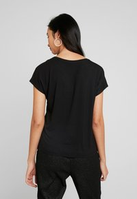 ONLY - ONLLOUISA SEQUINS - Blouse - black - 2
