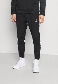 Jordan - DRY AIR PANT - Pantalon de survêtement - black/white - 0