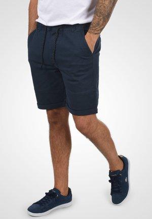 HENK - Shorts - insignia blue