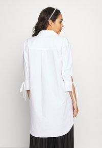 River Island - RICH SHIRT - Button-down blouse - white - 2