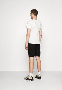 Schott - Print T-shirt - off-white - 2