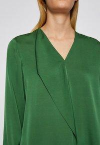 BOSS - IADELIA - Blouse - open green - 4
