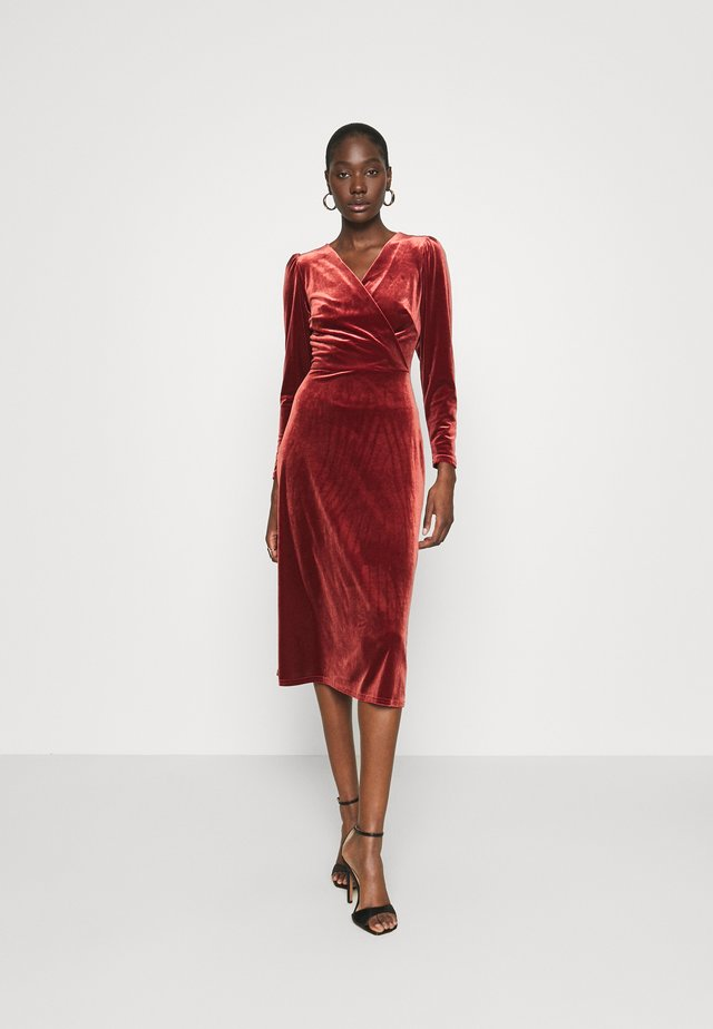 WRAP DRESS - Cocktail dress / Party dress - rust