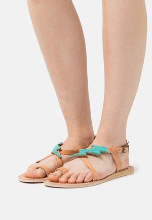 ICINI FLAT - T-bar sandals - emerald