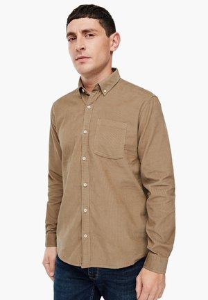 REGULAR FIT - Shirt - beige
