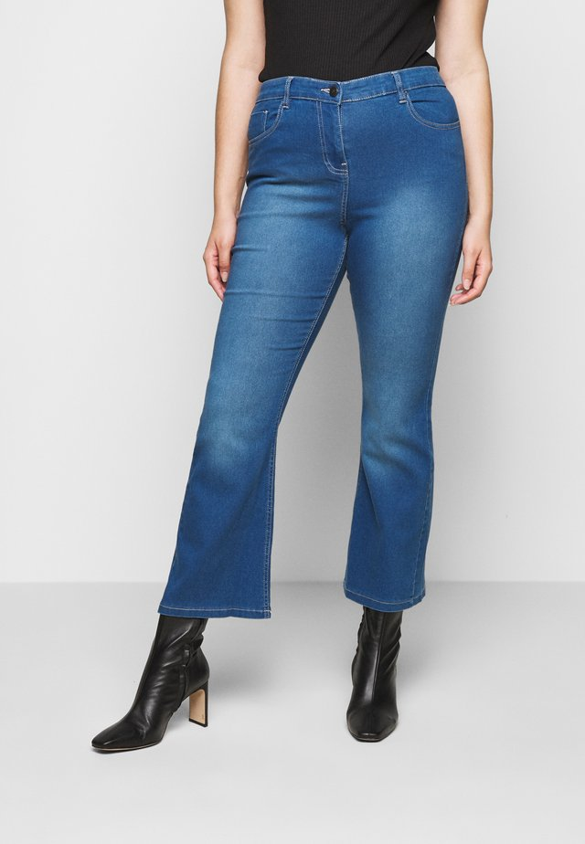 KIM HIGH WAIST SUPER SOFT BOOTCUT - Jean bootcut - blue