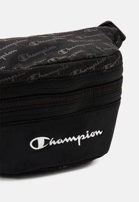Champion - LEGACY BELT BAG UNISEX - Rumpetaske - black - 2