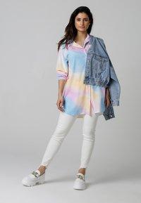 MiaZAYA - Button-down blouse - multi-coloured - 1