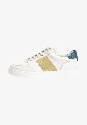 Sneakers - gold multi gdm