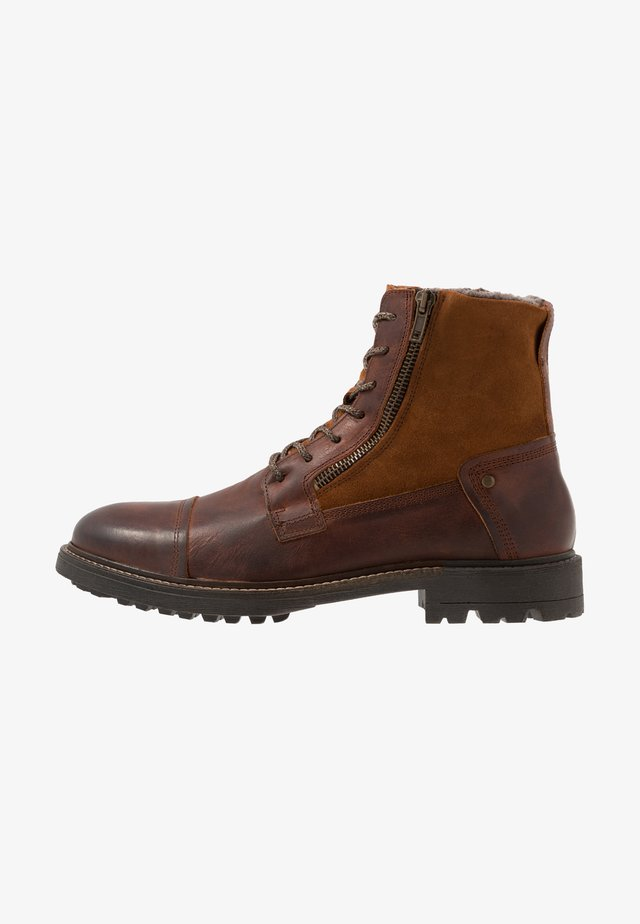 Bottines à lacets - cognac