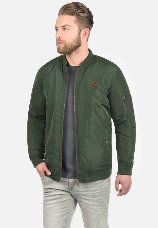 REGULAR FIT - Bomber Jacket - olive
