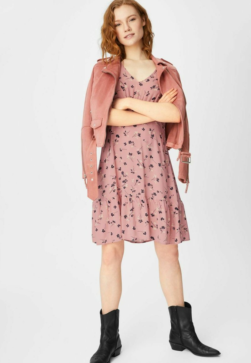 C&A - FLARE - Day dress - coral