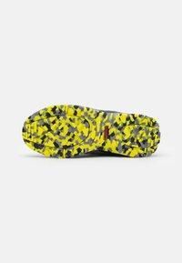 adidas Performance - TERREX HYPERHIKER TRAXION HIKING SHOES UNISEX - Hiking shoes - grey four/core black/grey three - 4
