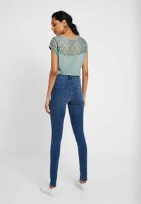 ONLY Tall - ONLROYAL - Jeans Skinny Fit - medium blue denim - 2