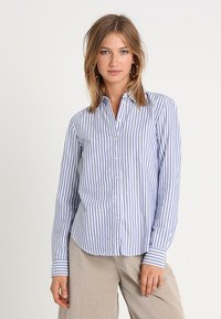 Gina Tricot - JESSIE - Button-down blouse - cobolt blue - 0