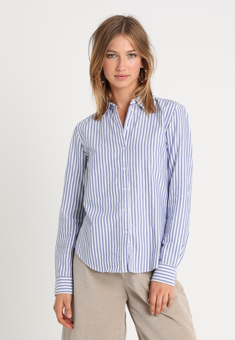 Gina Tricot - JESSIE - Button-down blouse - cobolt blue