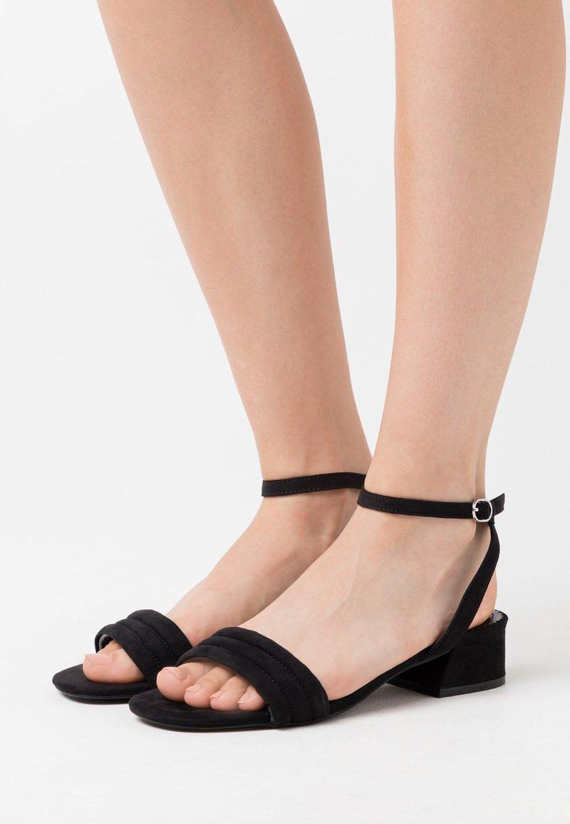 PARFOIS - Sandales - black