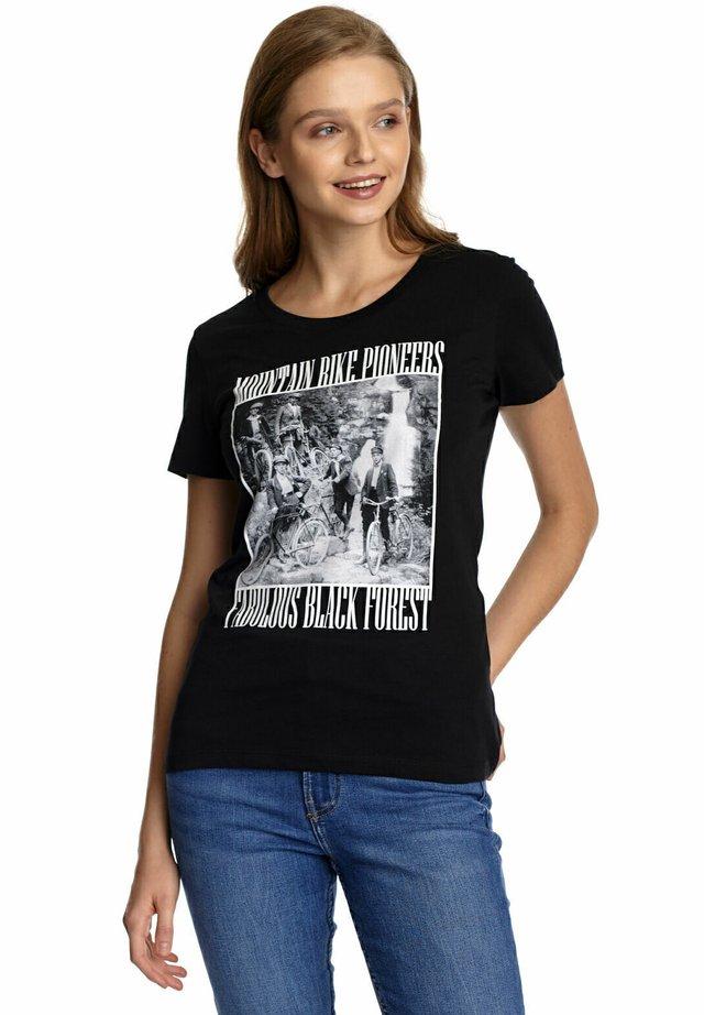 MOUNTAIN BIKE - Print T-shirt - schwarz